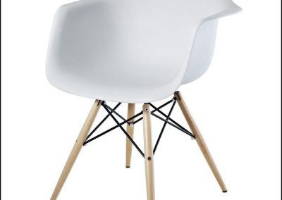 design-within-reach-eames-walnut-chair-dwr-eames-molded-plastic-chair-eames-molded-plastic_2fe61a3bcfad5754